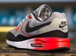 nike-air-max-light-comfort-releases