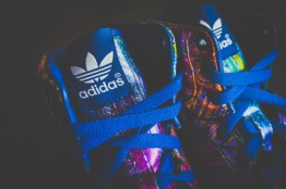 adidas-by-jeremy-scott-wings-super-colour-2